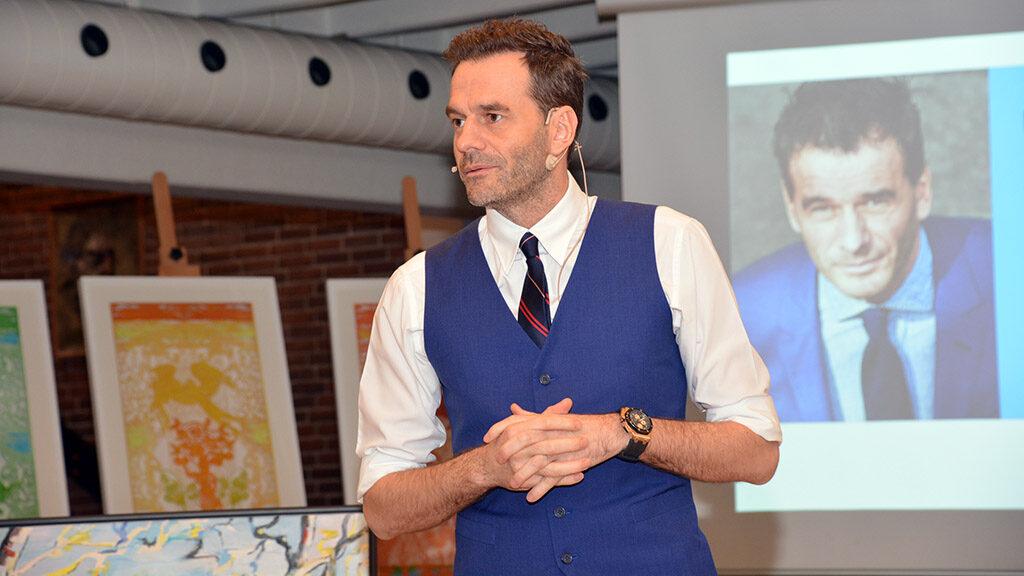 Jesper Buch taler på NEETs generalforsamling